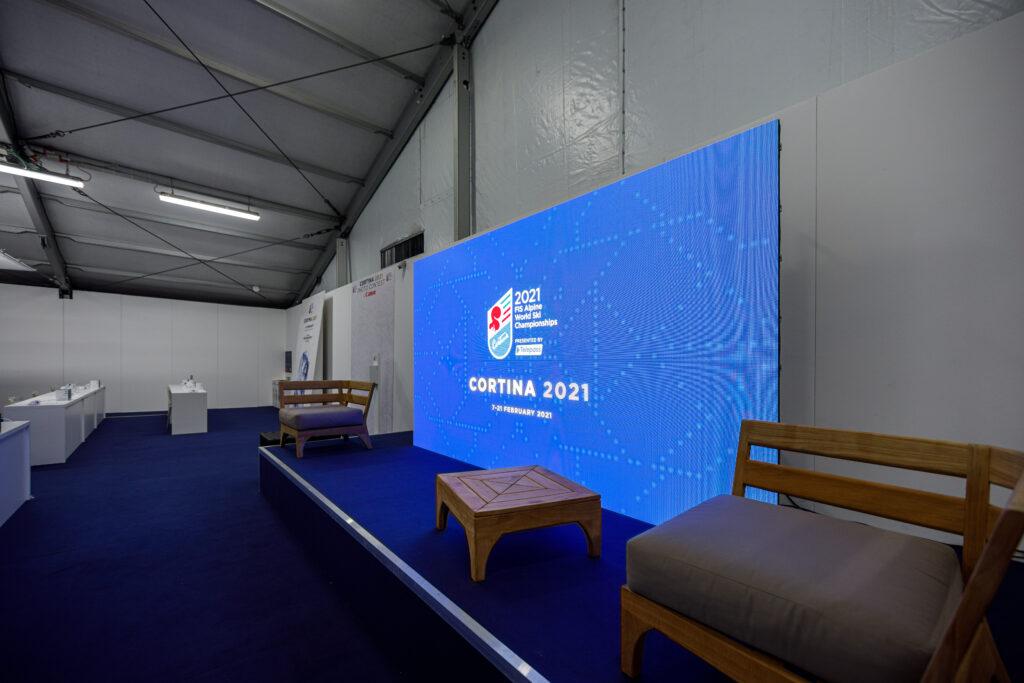 Display a LED nella sala conferenze di Cortina 2021