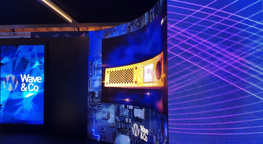 Curved and Angular LED wall by Wave&Co