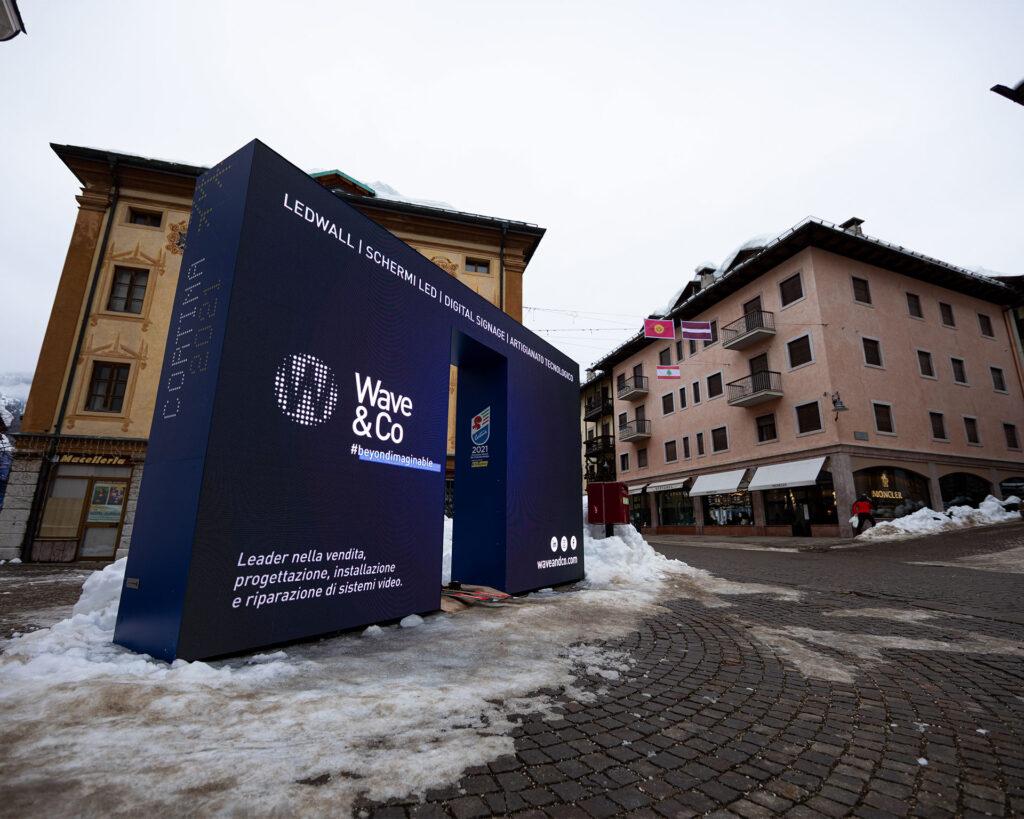 Mondiali di Sci Alpino Cortina 2021 - cancelletto LED a cura di Wave&Co