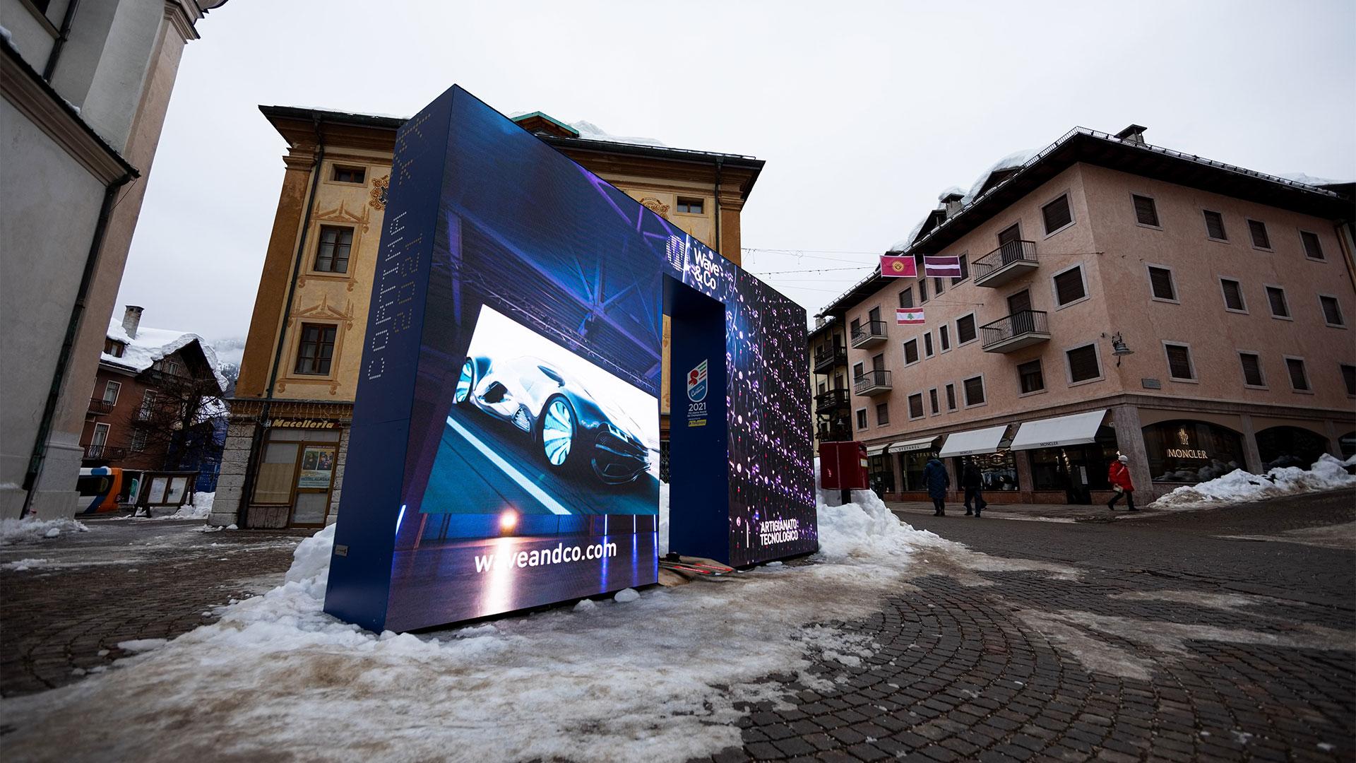 Il cancelletto di partenza costruito da Schermi LED di Wave&Co per Cortina 2021